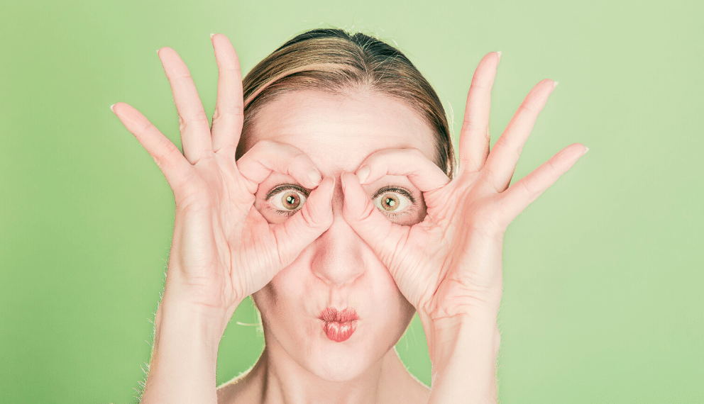 Comment la gestuelle vous aide à apprendre des langues