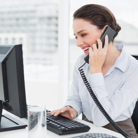 Converser par téléphone en anglais : atelier de formation en langues